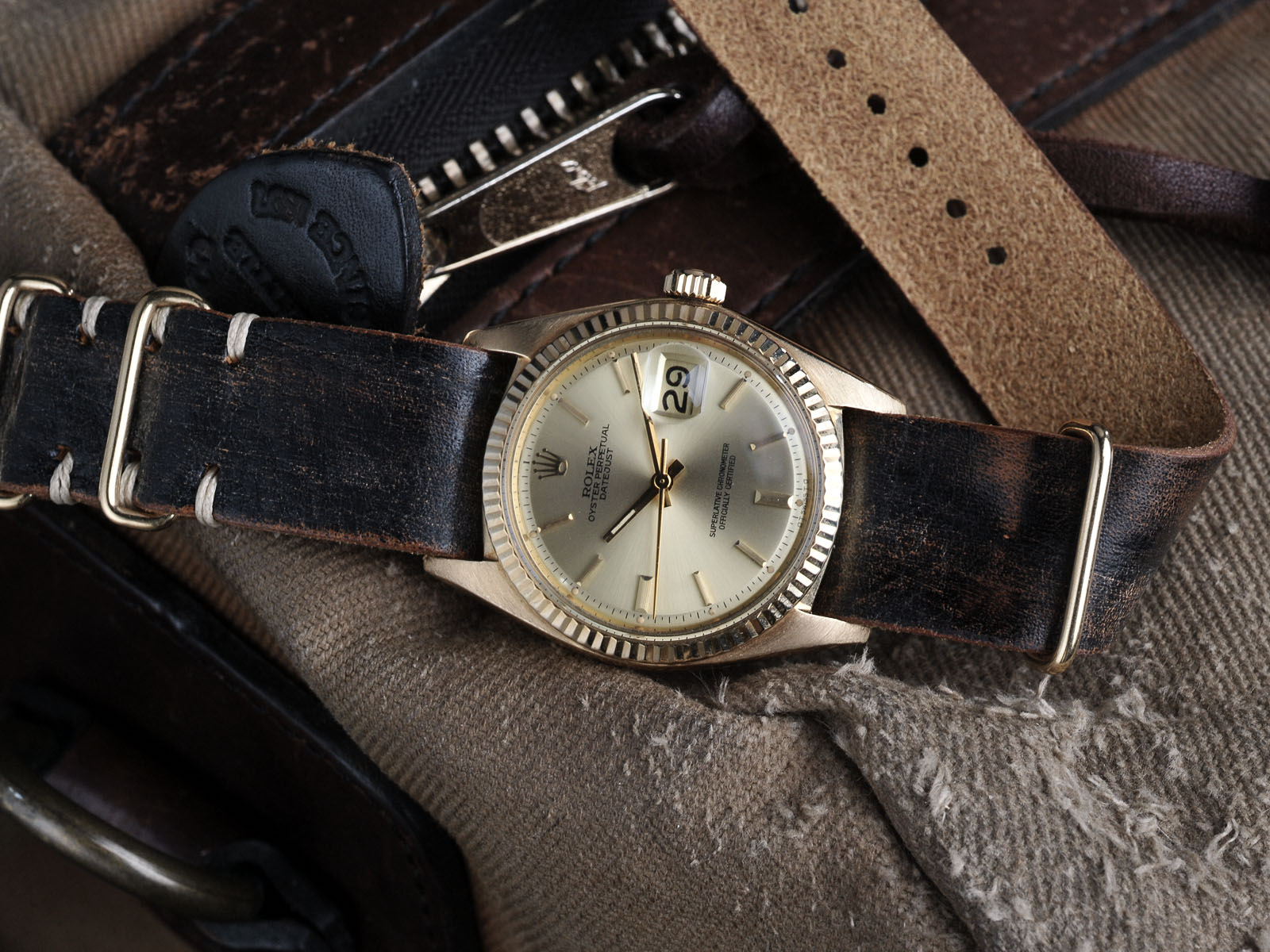 B&S W-44 Rolex Datejust 1603GG 7:14 01