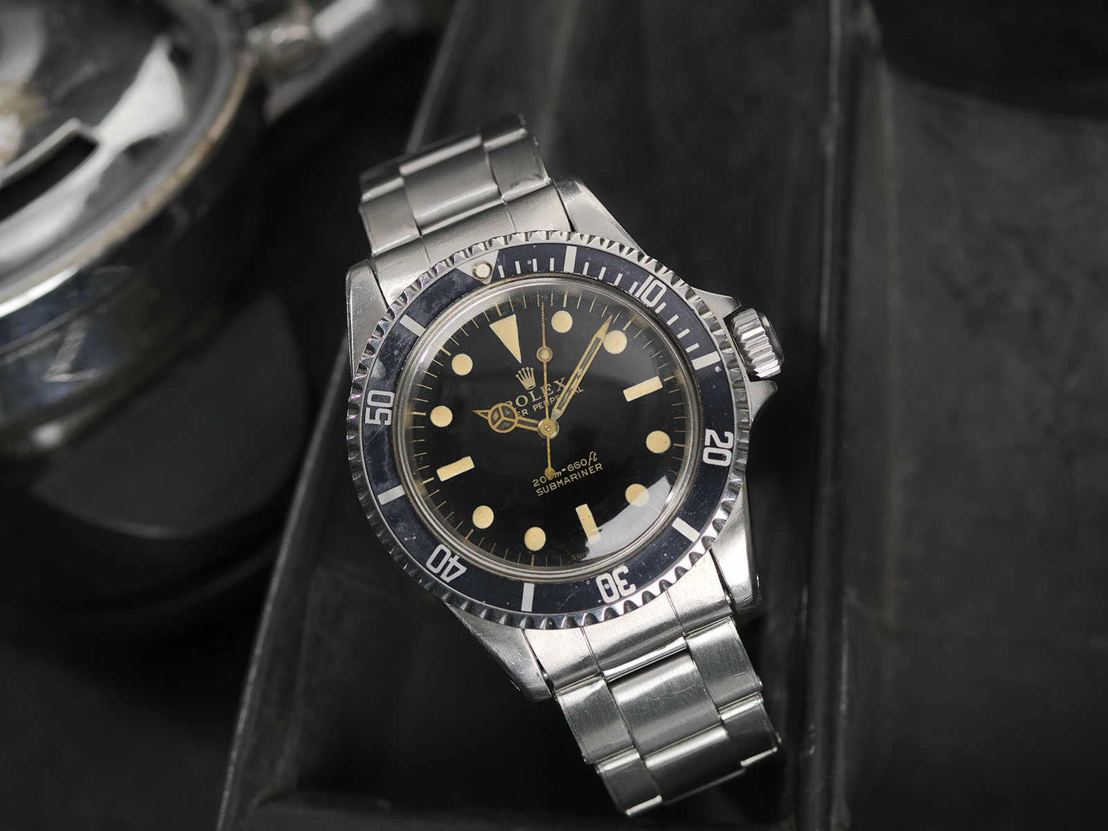 B&S W-299 Rolex 5513 Gilt Article 24