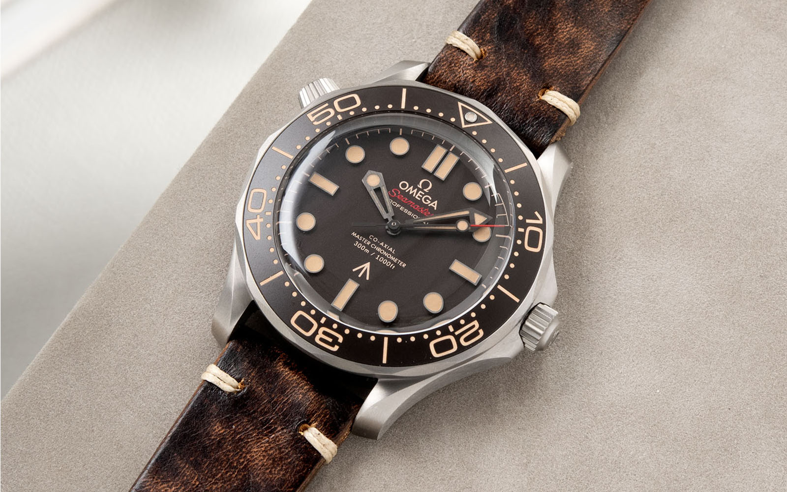 Bulang and Sons_Strapguide_Omega Seamaster_Woodie Brown Leather Watch Strap_Banner