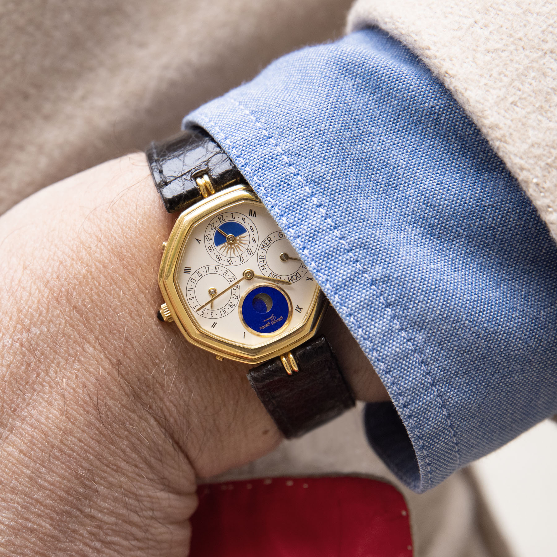 ALL SHAPES AND SIZES – NEW WATCH TRENDS